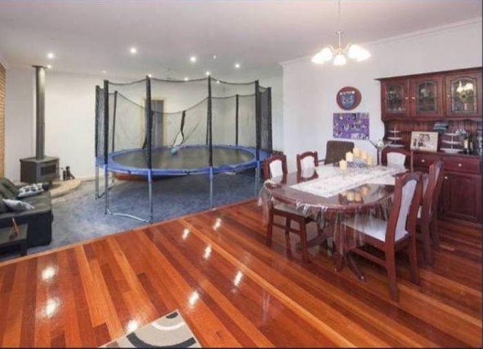 Bad real estate listing photos trampoline in living room