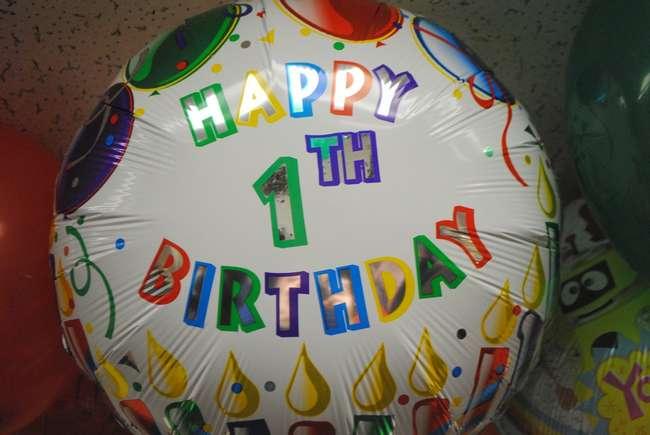 funny birthday balloon fail