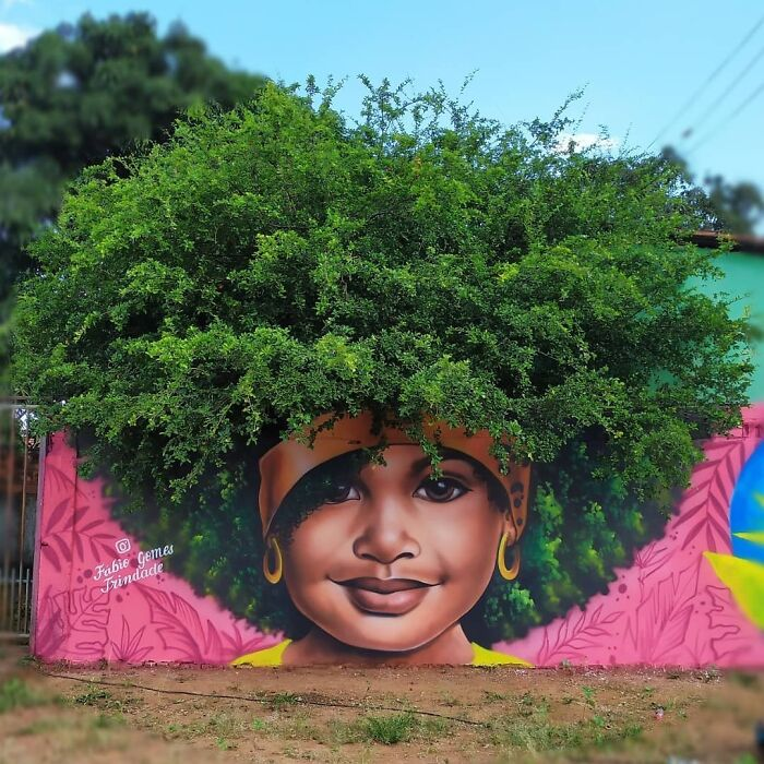 graffiti with tree as afro hair